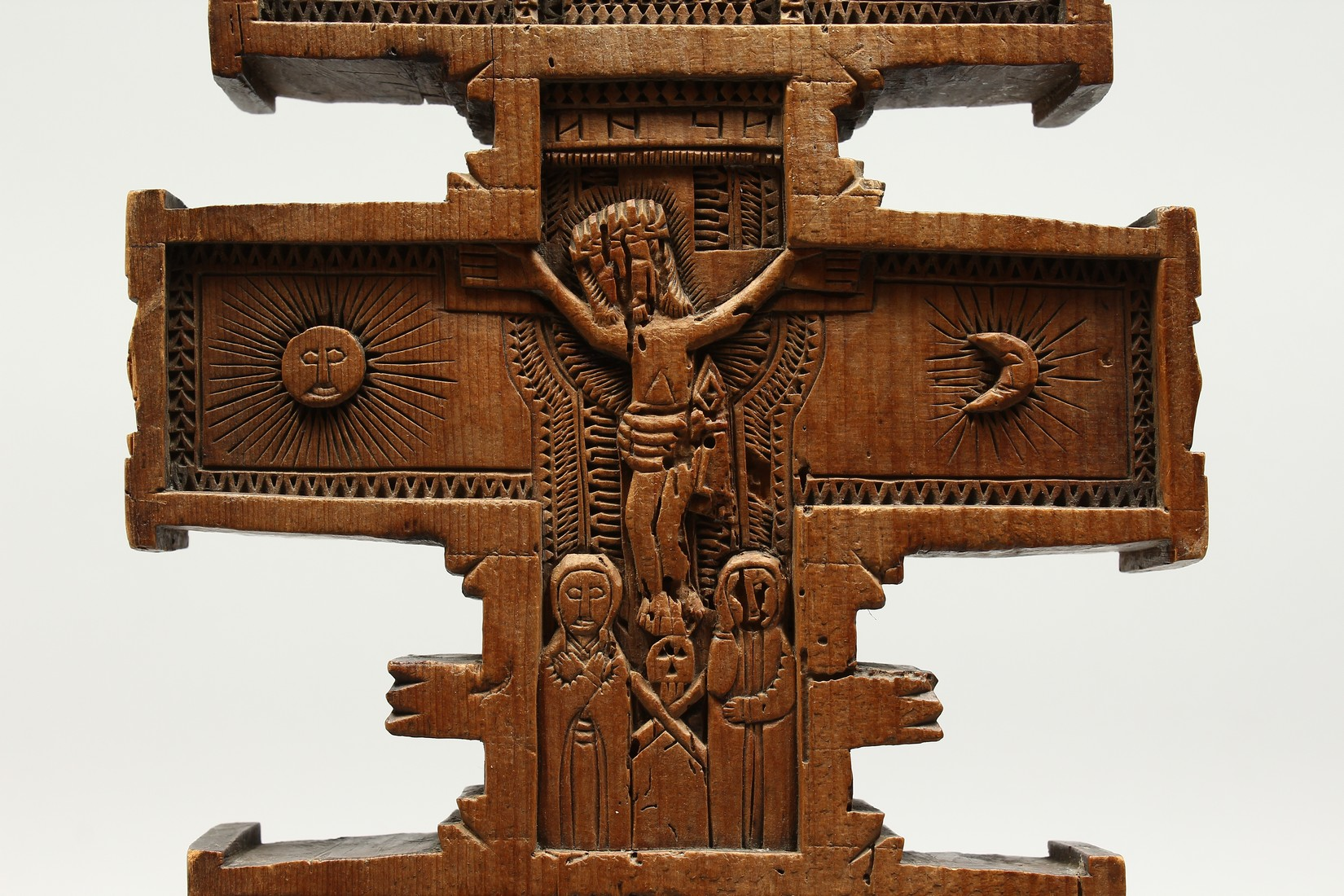 AN 18TH CENTURY GREEK CARVED WOODEN CROSS. 15ins long. - Image 8 of 11