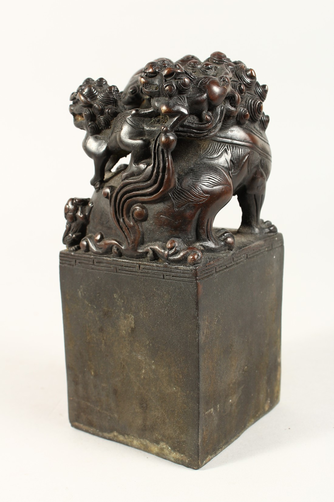A CHINESE BRONZE DOG OF FO SQUARE SEAL 7.5ins high. - Image 4 of 5