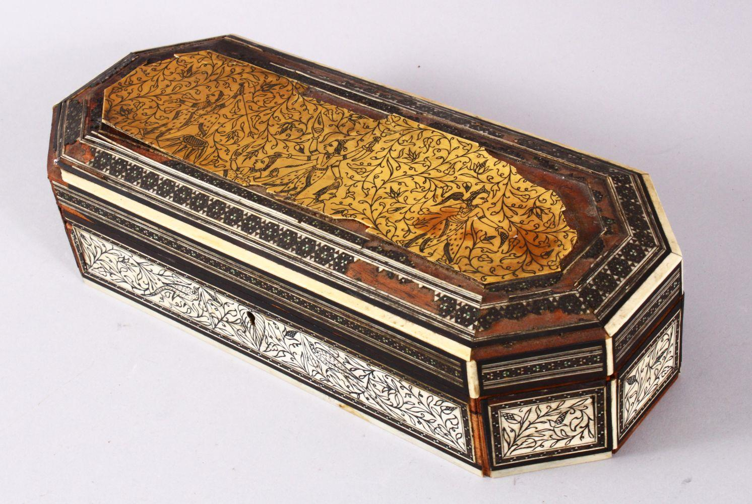 AN 18TH CENTURY INDIAN GOA INLAID IVORY LIDDED BOX, the box with a top ivory inlaid slither carved