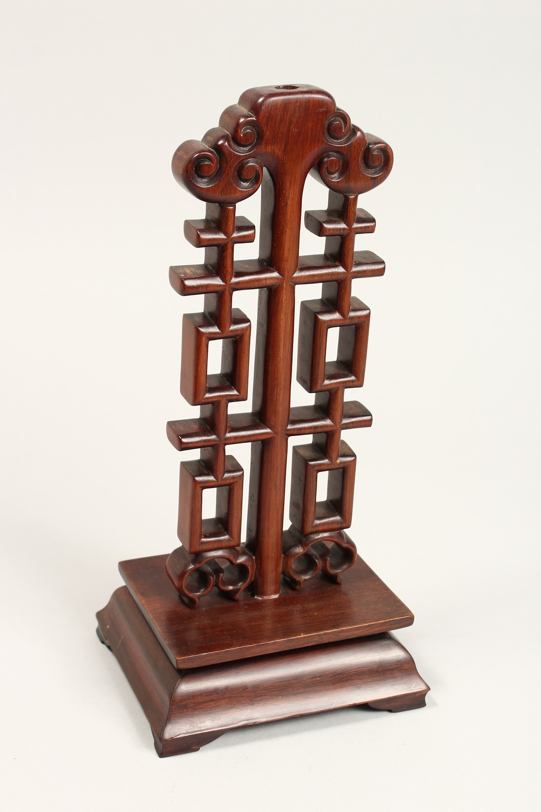 A CHINESE CARVED AND PIERCED WOODEN STAND, 12ins high. - Image 2 of 5