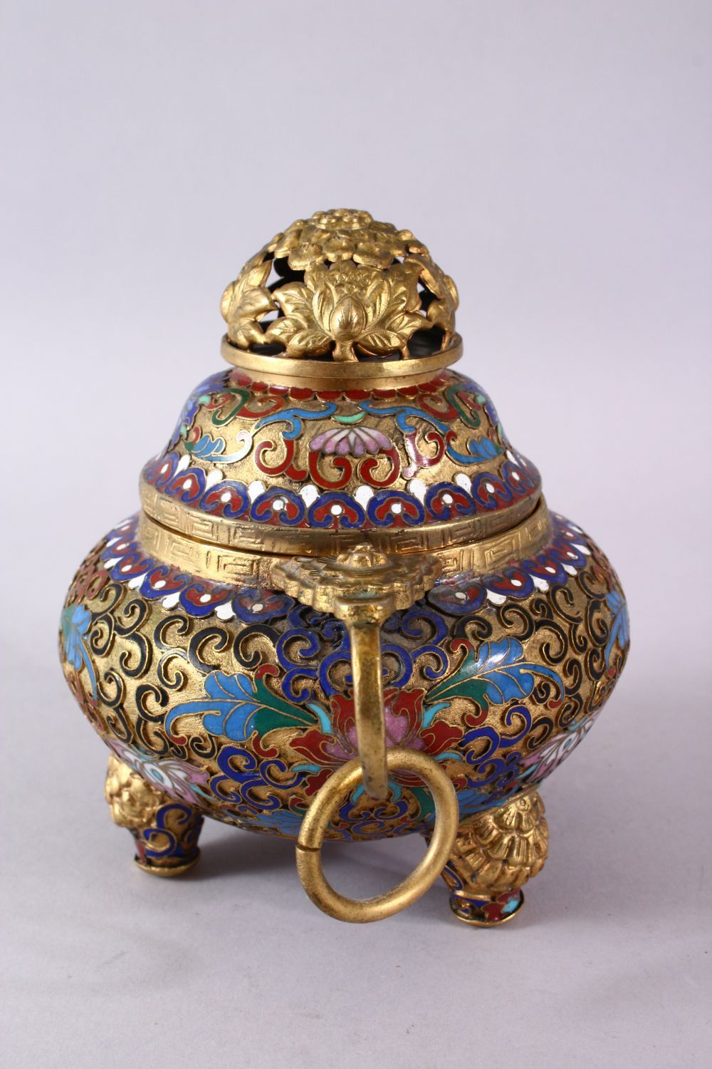 A CHINESE CLOISONNE TRIPLE FOOT CENSER & COVER, with raised enamel decoration of lotus, triple - Image 5 of 8