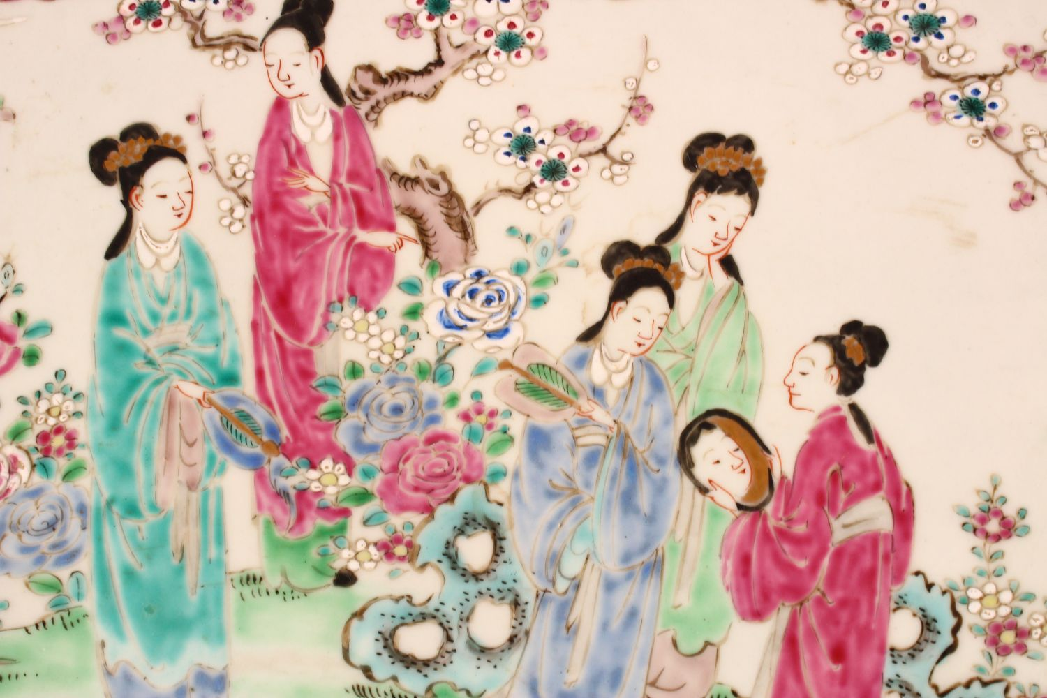 A LARGE JAPANESE POLYCHROME PORCELAIN CHARGER, depicting females in a garden setting, the - Image 2 of 5