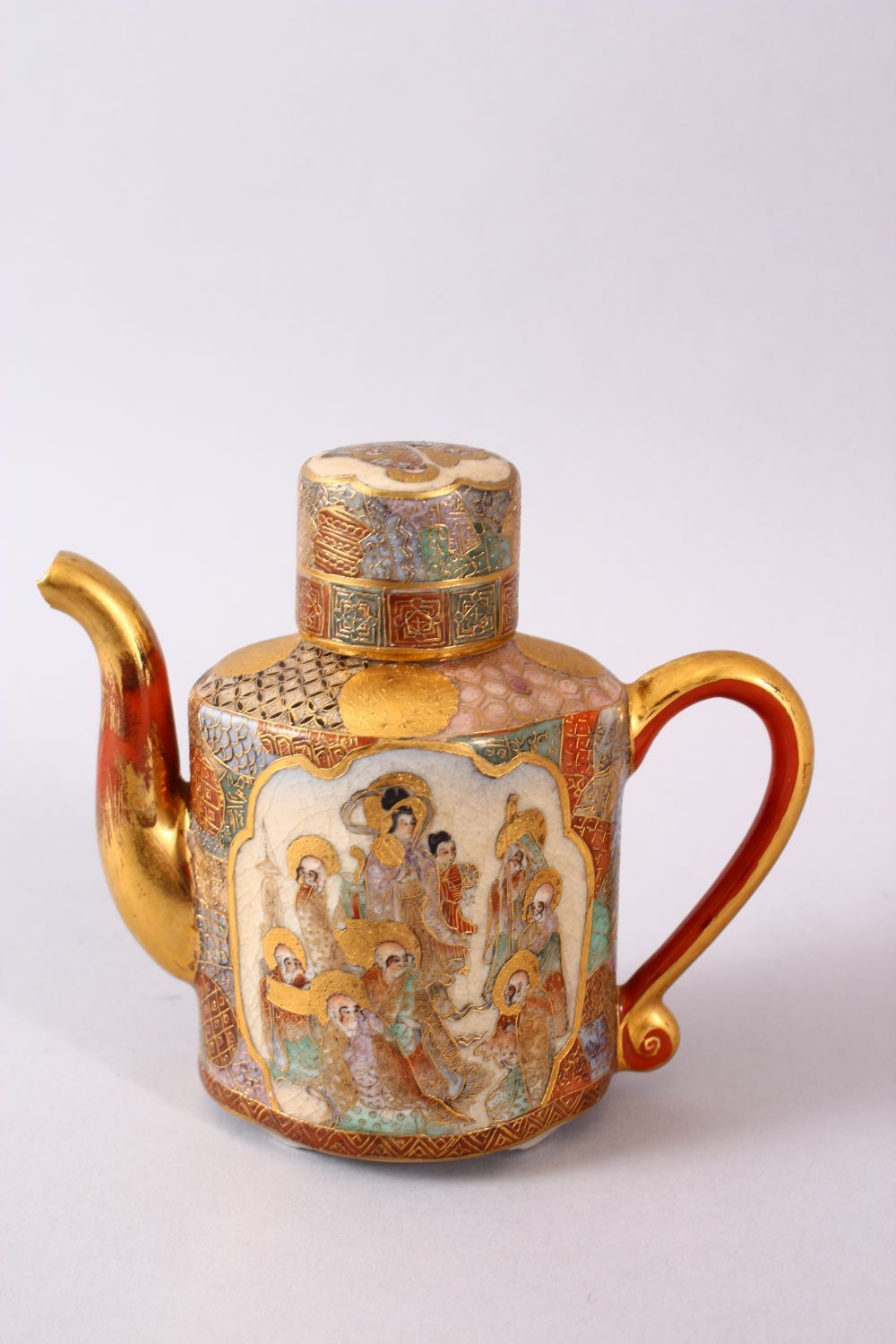 A JAPANESE MEIJI PERIOD SATSUMA TEAPOT & COVER, the body with two panels of immortal figures and - Image 4 of 9