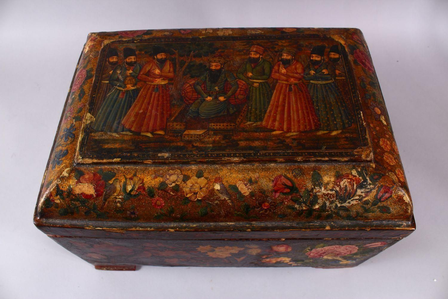 A GOOD PERSIAN QAJAR LACQUER PAINTED LIDDED BOX, decorated to the exterior with birds and detailed - Image 4 of 15