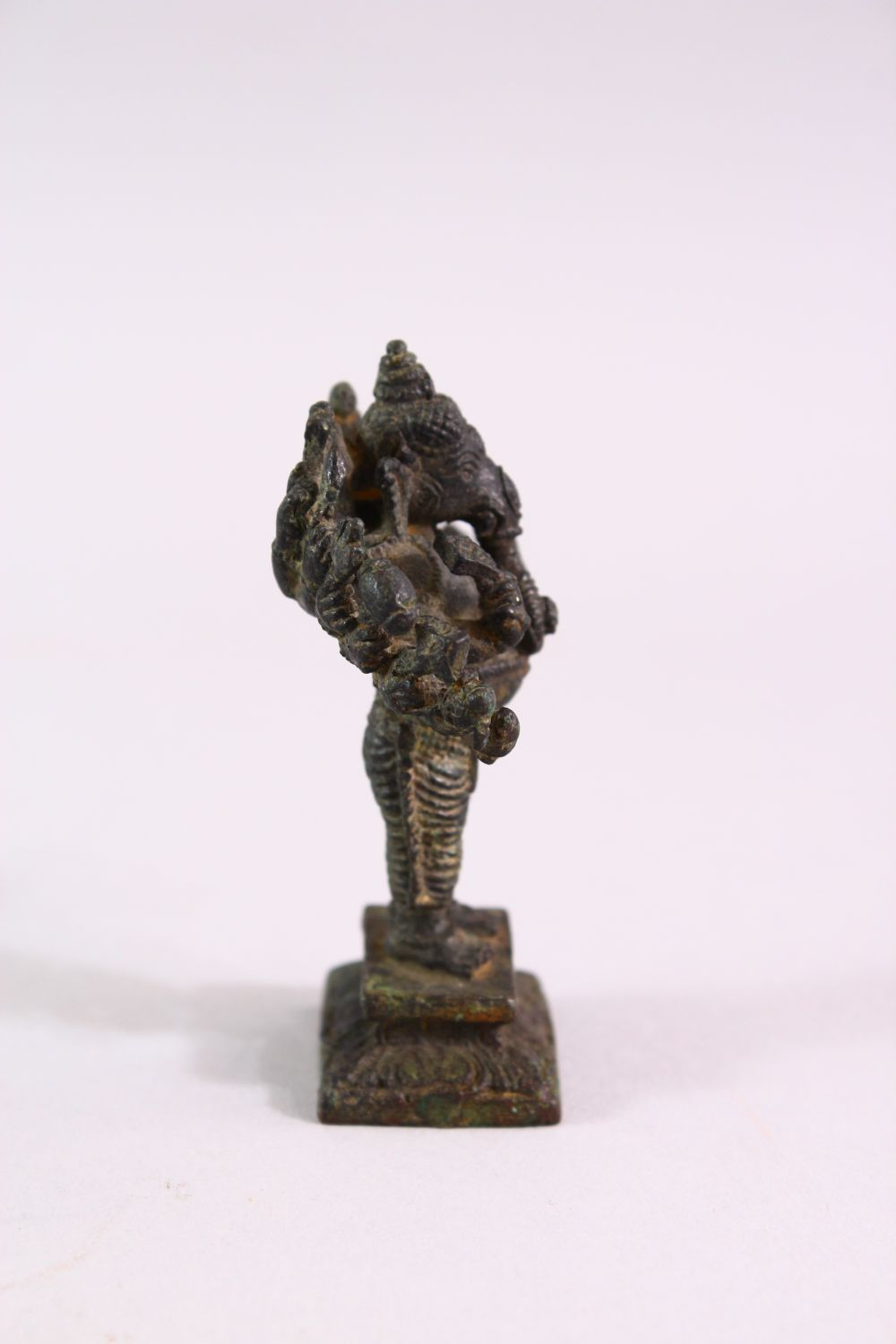 A FINE SMALL EARLY INDIAN BRONZE FIGURE OF GANESH, 7cm high. - Image 3 of 6