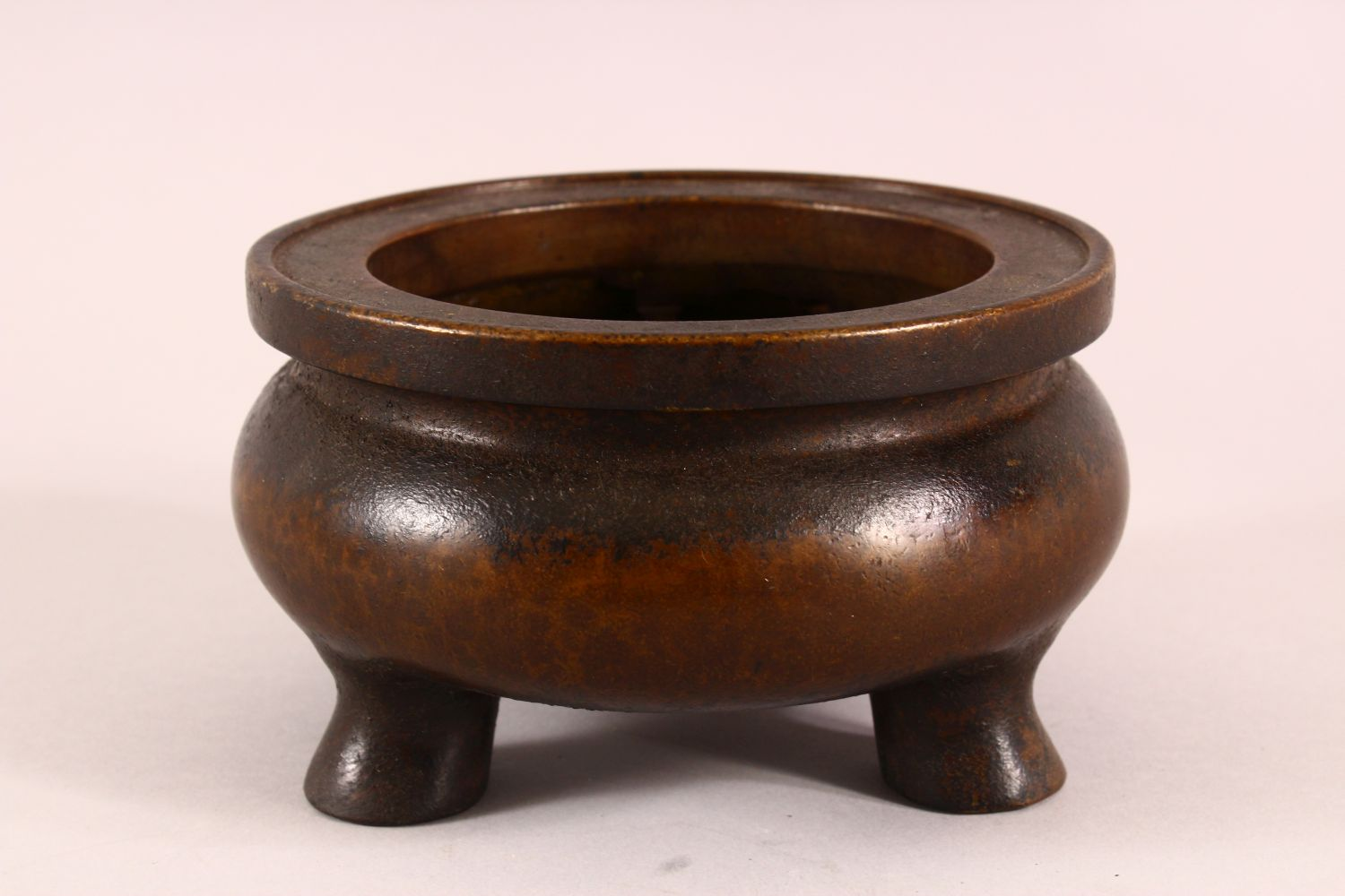 A CHINESE XUANDE STYLE BRONZE TRIPOD CENSER, underside with a mark, 16cm - Image 3 of 7