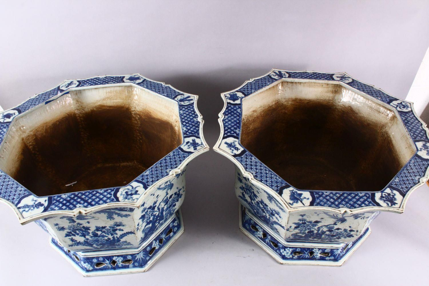 A PAIR OF LARGE CHINESE BLUE & WHITE OCTAGONAL PORCELAIN JARDINIERE / PLANTERS, decorated with - Image 8 of 8