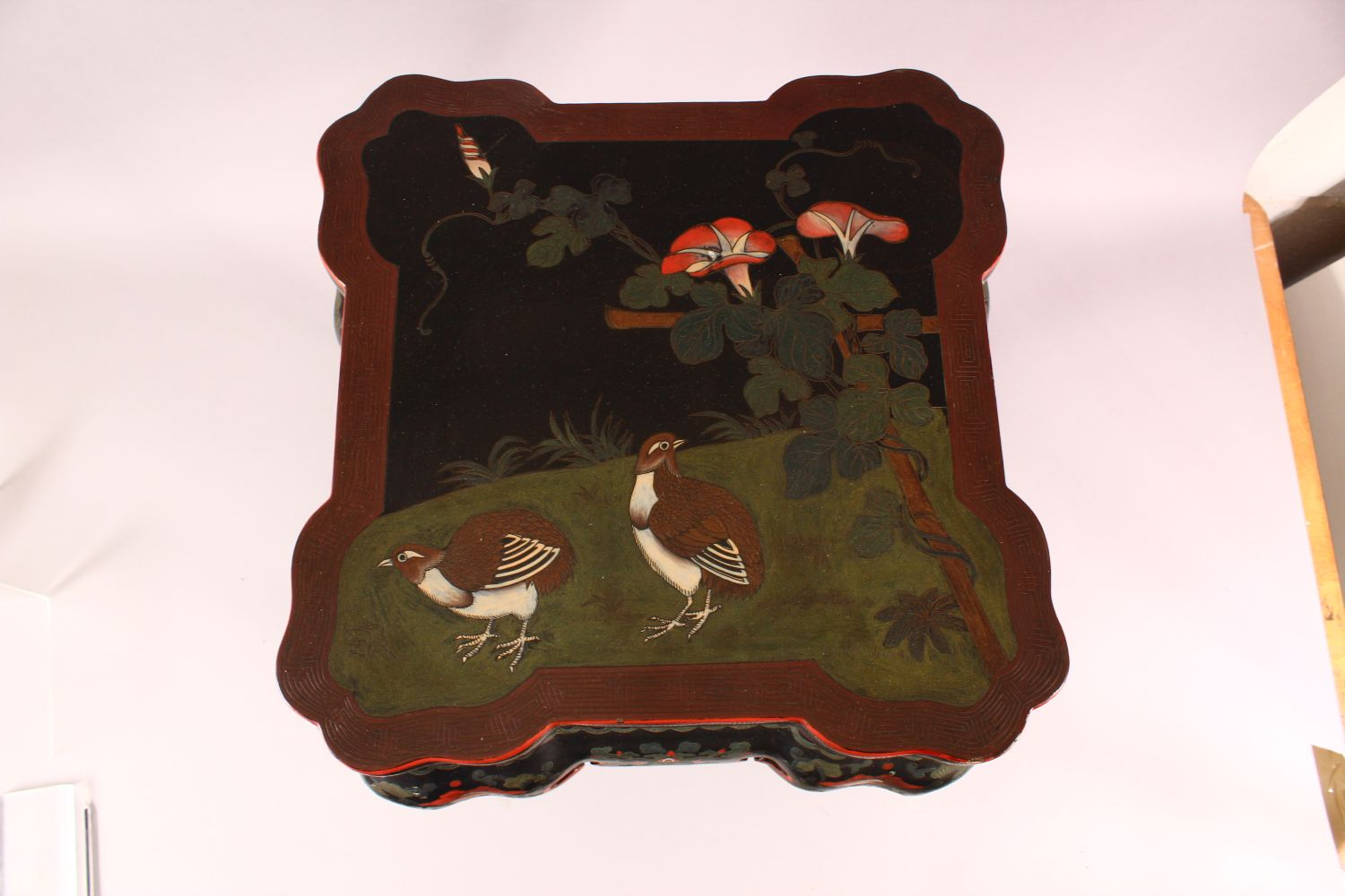 A GOOD CHINESE CARVED WOOD & LACQUER DECORATED LOW TABLE, the top with decoration of quails in - Image 3 of 6