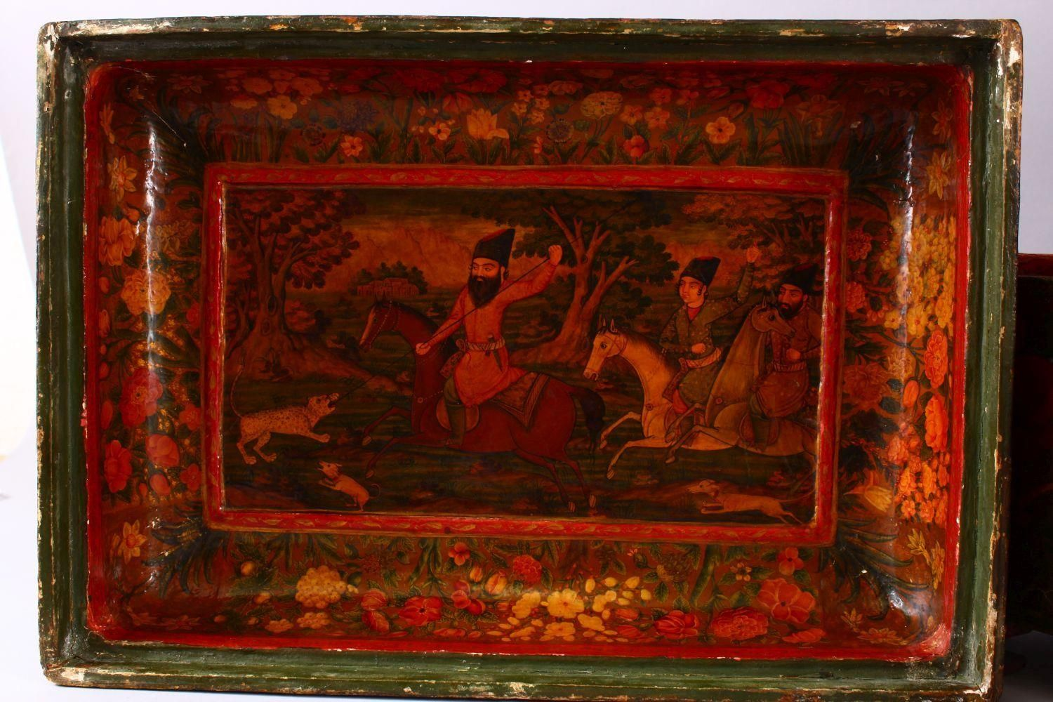 A GOOD PERSIAN QAJAR LACQUER PAINTED LIDDED BOX, decorated to the exterior with birds and detailed - Image 11 of 15