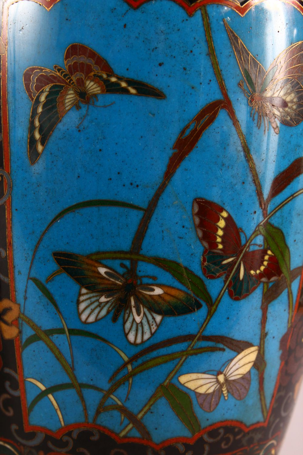 A VERY GOOD PAIR OF JAPANESE CLOISONNE AND ORMOLU NINE LIGHT CANDELABRA, the candle branches - Image 4 of 12