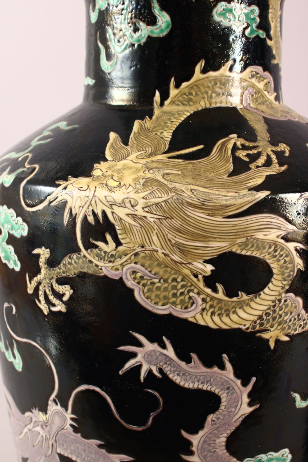 A LARGE PAIR OF CHINESE FAMILLE NOIR PORCELAIN DRAGON VASES, each vase with a black ground depicting - Image 7 of 13