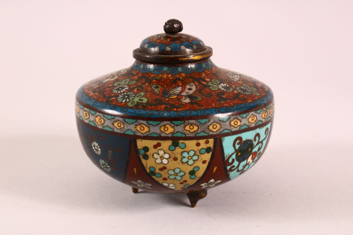 A CLOISONNE KORO AND COVER, decorated with butterflies, flowers and buddhistic emblems, on three - Image 4 of 7