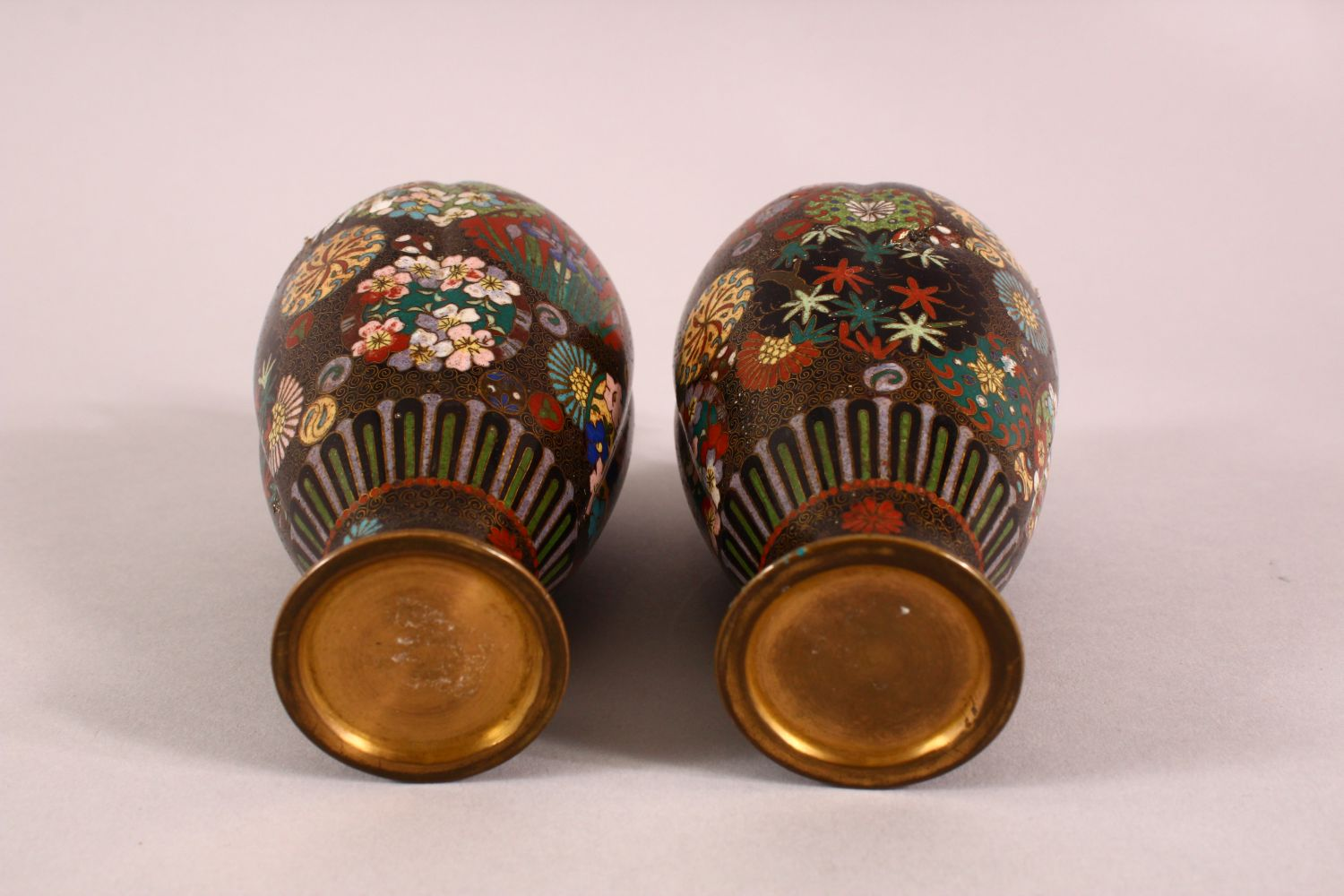 A PAIR OF SMALL CLOISONNE VASES OF RIBBED BALUSTER FORM, decorated with roundels of flowers, 15cm - Image 6 of 6