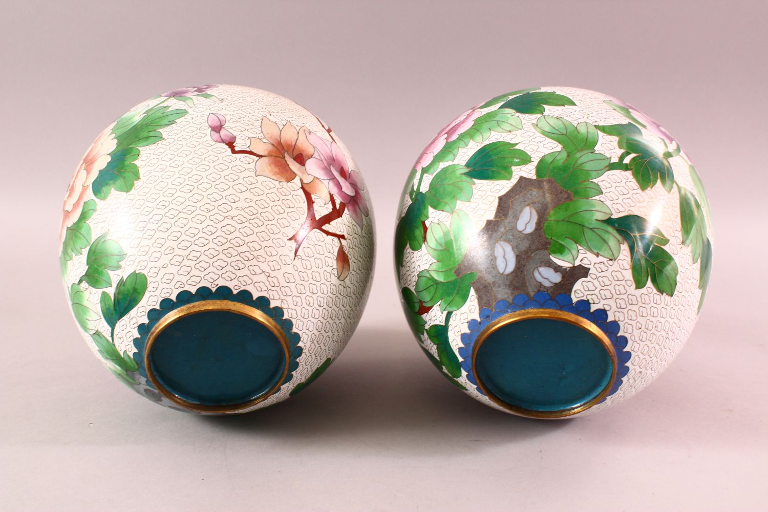 A PAIR OF CHINESE CLOISONNE GINGER JARS & COVERS, each with a white ground and floral decoration, - Image 7 of 7