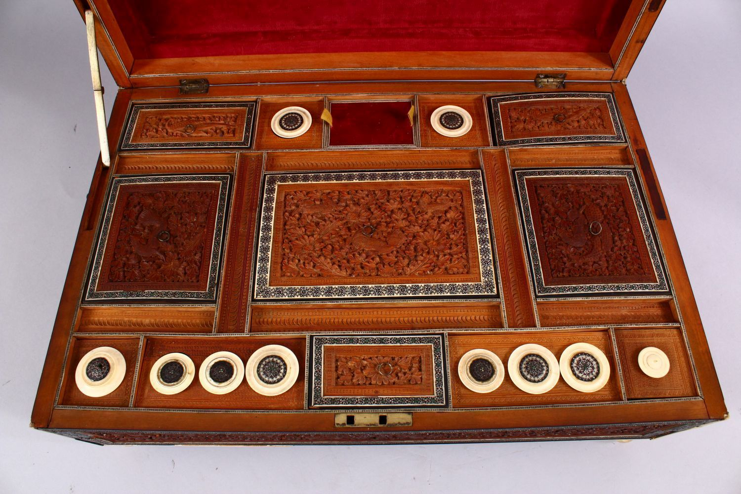 A 19TH CENTURY ANGLO INDIAN INLAID LIDDED SEWING BOX, with carved wood depicting figures and animals - Image 4 of 10