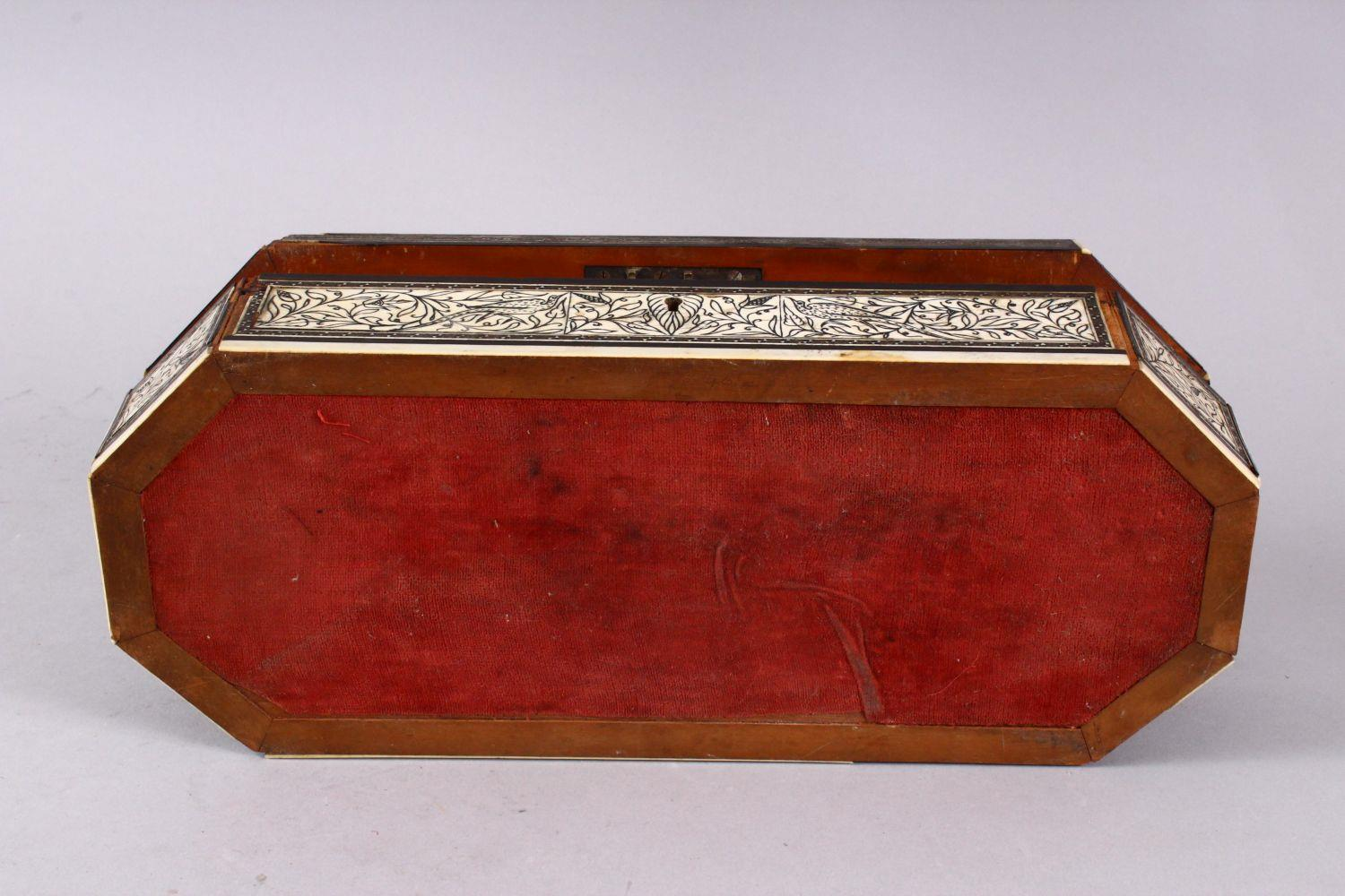 AN 18TH CENTURY INDIAN GOA INLAID IVORY LIDDED BOX, the box with a top ivory inlaid slither carved - Image 4 of 4