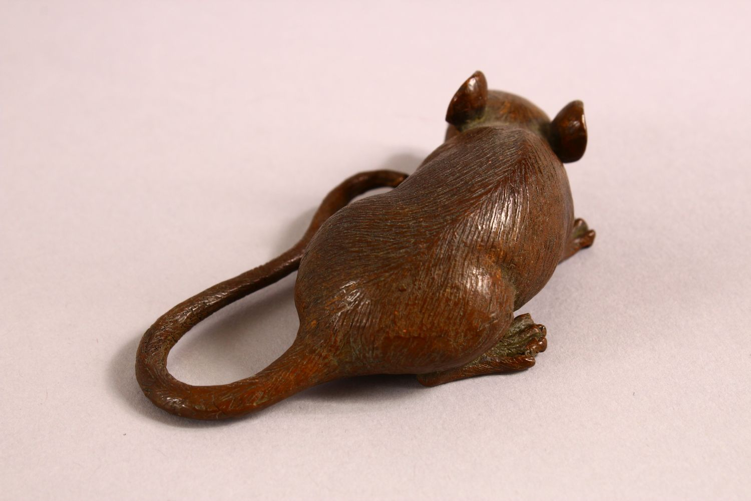 A JAPANESE BRONZE FIGURE OF A RAT, the underside with a mark, 9cm - Image 3 of 5