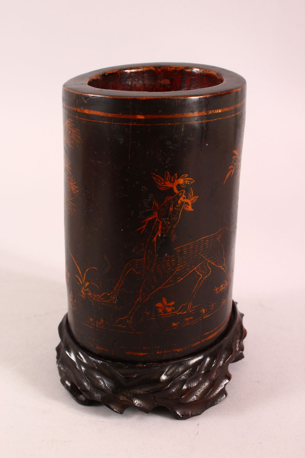 A CHINESE LACQUERED BAMBOO BRUSH WASH AND STAND, the body decorated with birds in landscapes, 19cm - Image 4 of 7