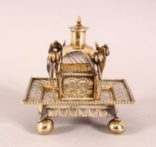 A 19TH CENTURY CHINESE SILVER SNUFF BOTTLE & TRAY - the silver formed snuff bottle housed in a