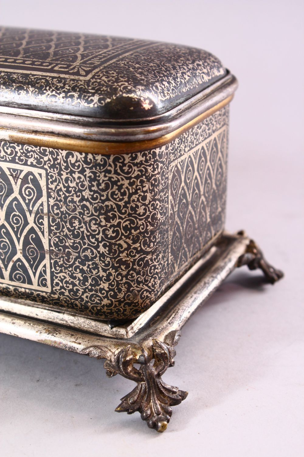 A BIDRI STYLE RECTANGULAR HINGED CASKET for the European market, with panels of scrolling - Image 2 of 5