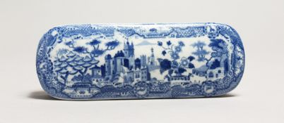 A SPODE BLUE AND WHITE SOAP BOX 7ins long.