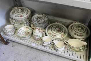 A quantity of Indian Tree pattern dinner ware.