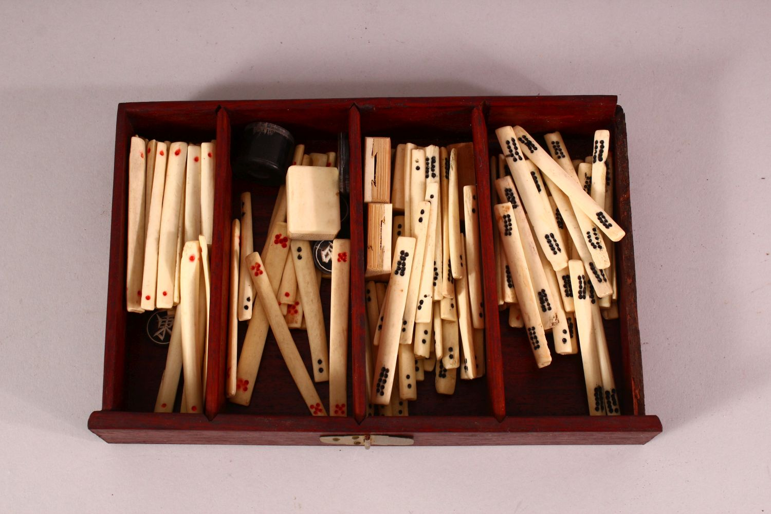 A CHINESE BAMBOO & BONE BOXED MAHJONG SET - comprising 56 drawers full of counters and sticks, - Image 3 of 6