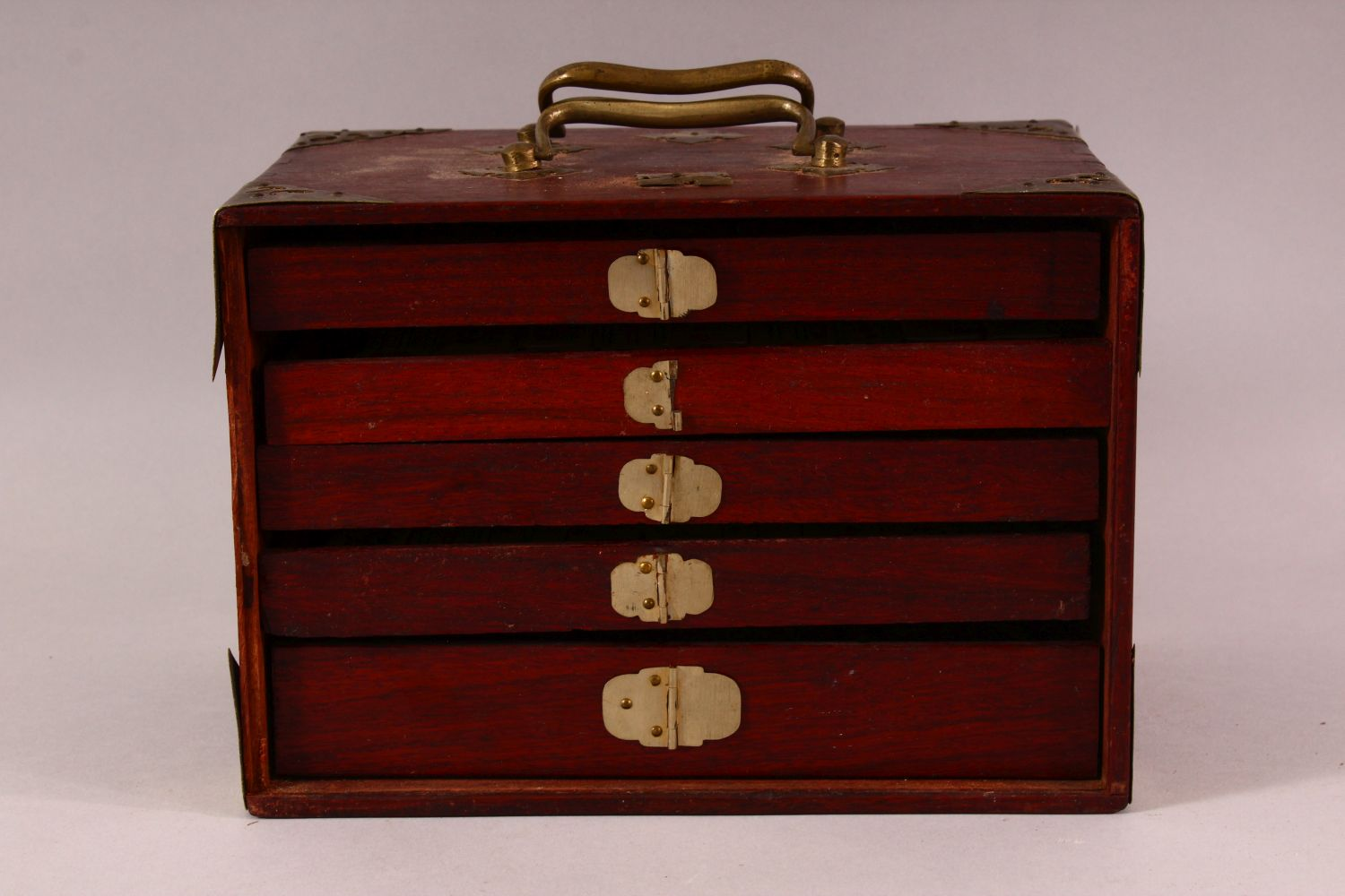 A CHINESE BAMBOO & BONE BOXED MAHJONG SET - comprising 56 drawers full of counters and sticks, - Image 4 of 6