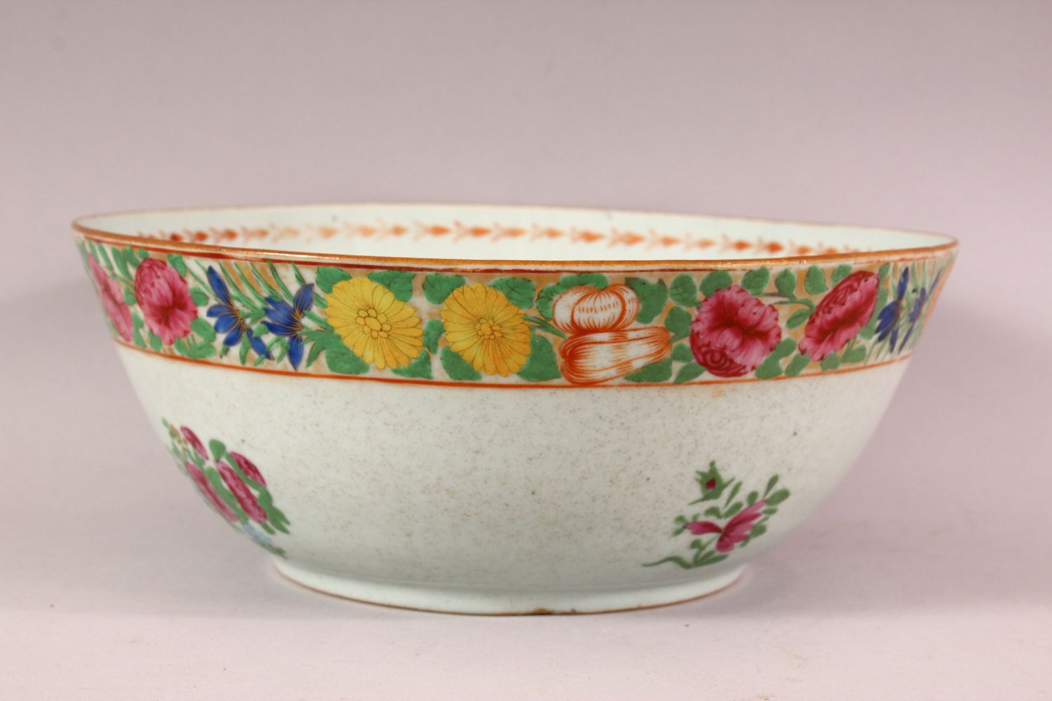 TWO 18TH / 19TH CENTURY CHINESE FAMILLE ROSE PORCELAIN BOWLS, each decorated with bands of flora, ( - Image 4 of 5