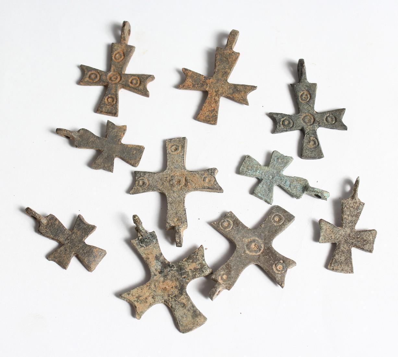 TEN SMALL ROMAN IRON CROSSES 1.25ins