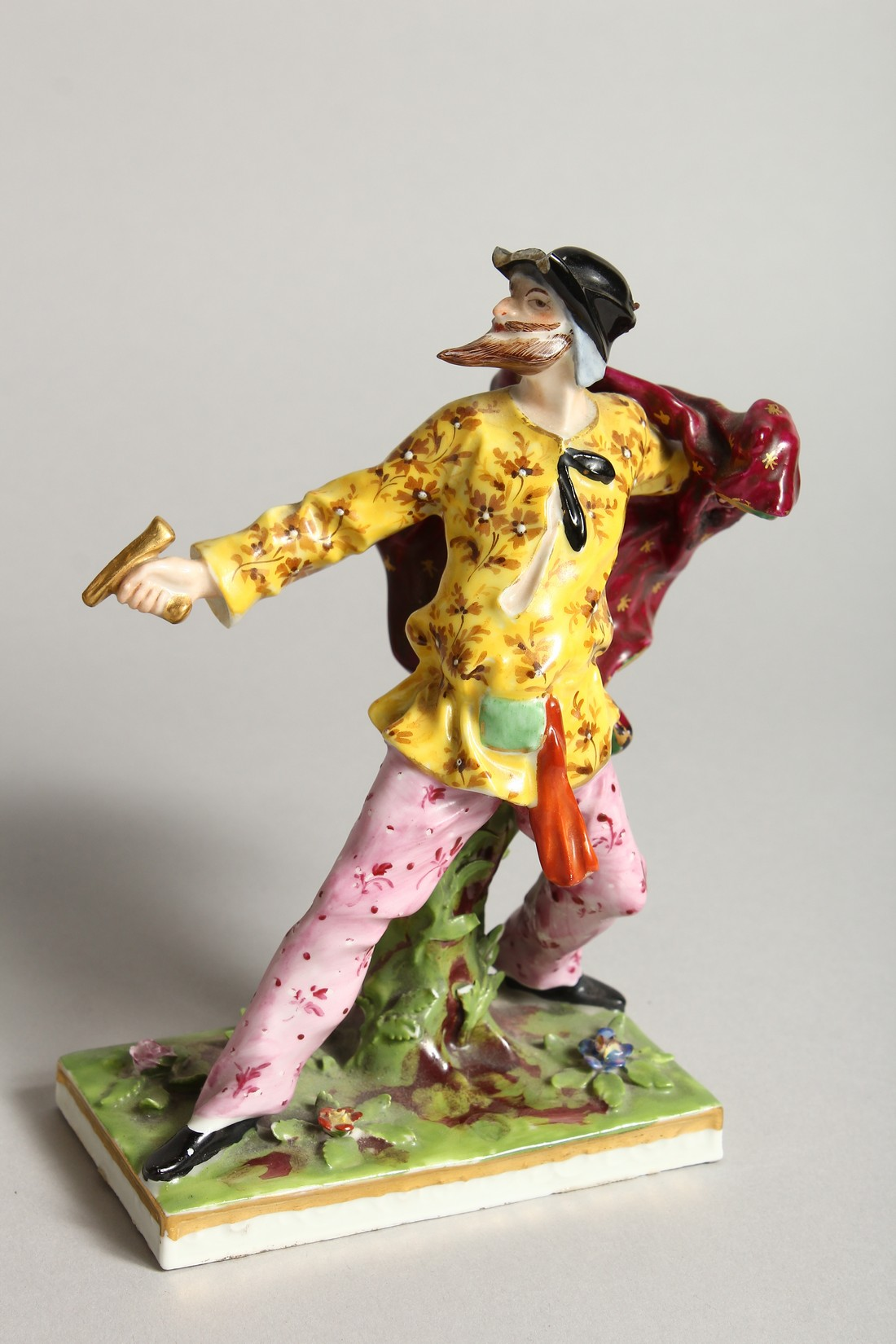 """A SET OF FOUR """"COMMEDIA DELL ARTE """" STYLE FIGURES, LATE 19TH CENTURY/EARLY 20TH CENTURY, possibly by - Image 5 of 9"""