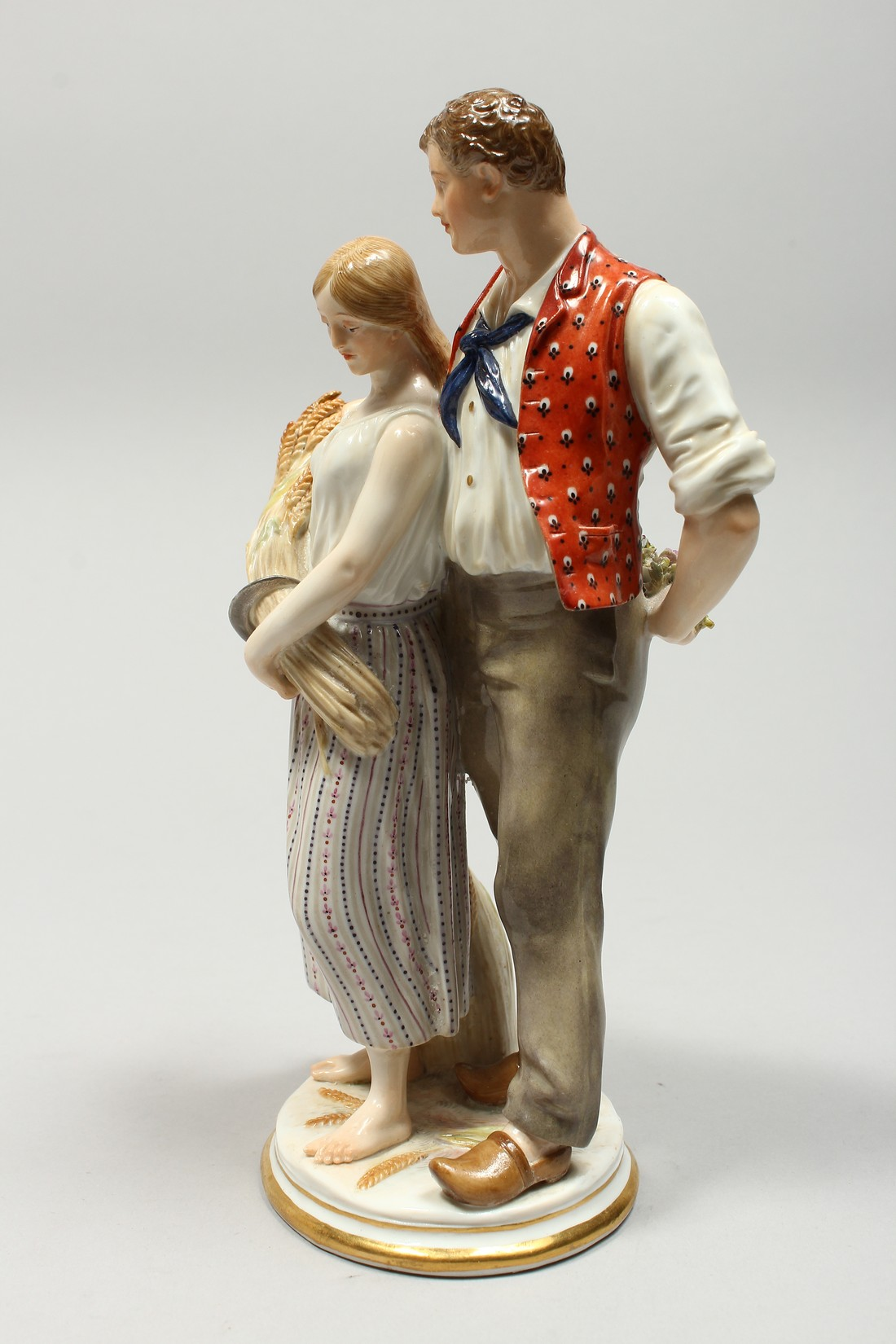 A GOOD MEISSEN PORCELAIN GROUP DEPICTING HARVEST, a pair of standing figures, a man beside a woman - Image 2 of 11