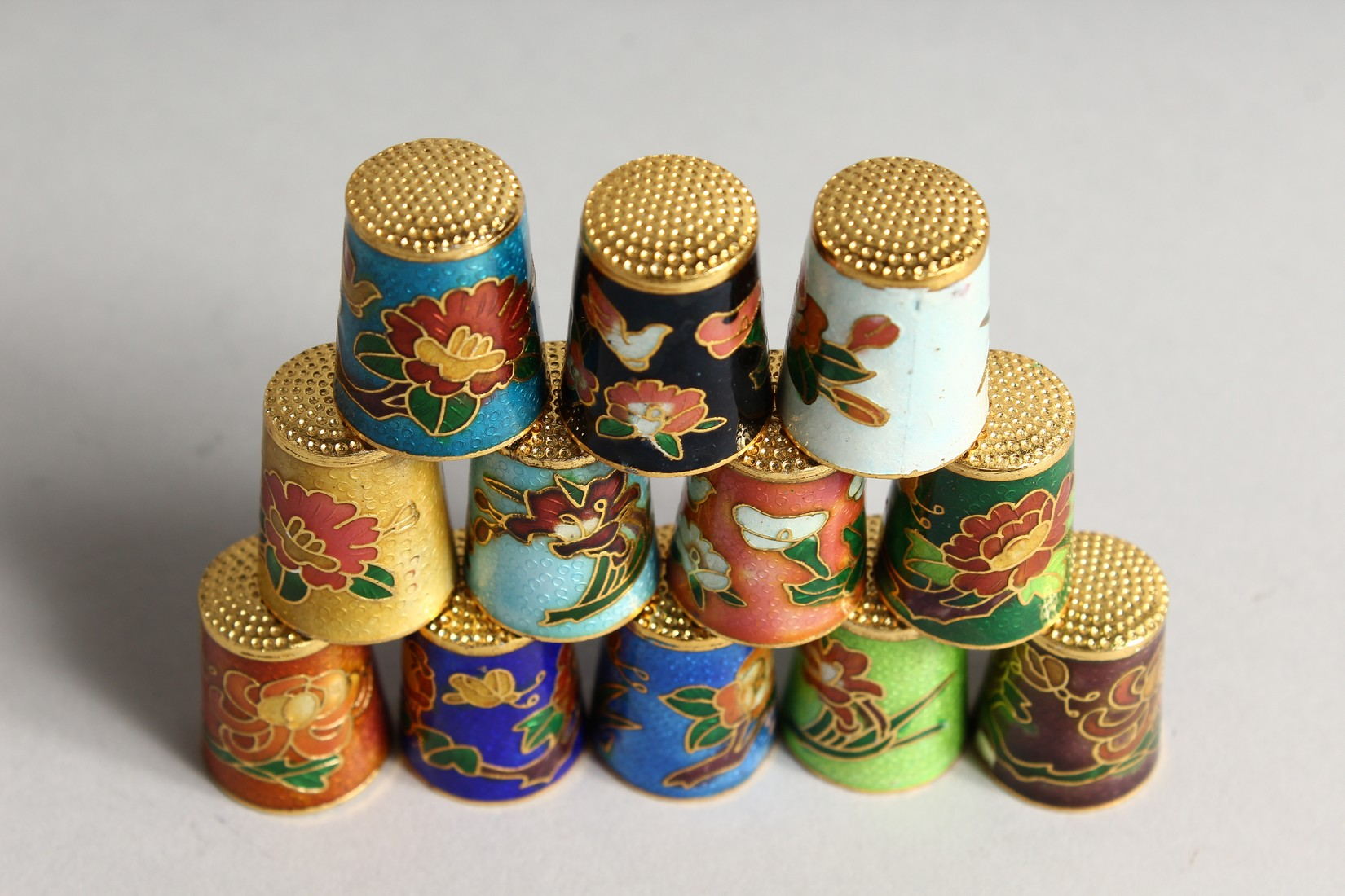 TWELVE VARIOUS COLOURED SILVER AND ENAMEL THIMBLES - Image 2 of 3
