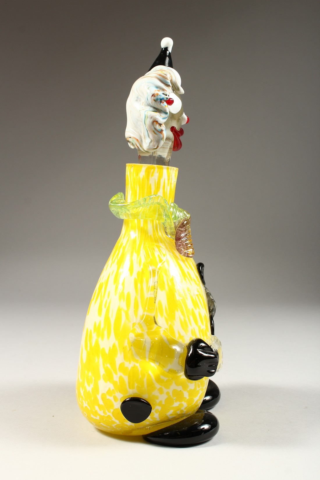 A MURANO MOTTLED YELLOW CLOWN BOTTLE AND STOPPER. 12ins high. - Image 2 of 9