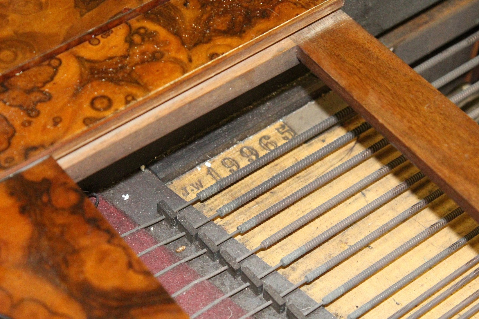 JOHN BROADWOOD & SONS, A good late 19th Centruy figured walnut Grand Piano, on turned and tapering - Image 16 of 19