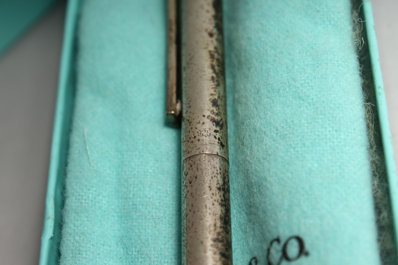 A TIFFANY SILVER PEN in a Tiffany box. - Image 4 of 4