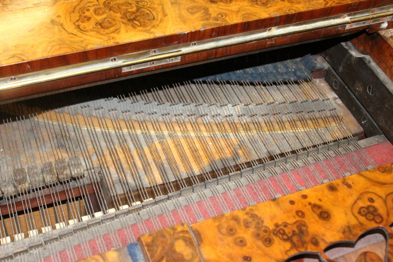 JOHN BROADWOOD & SONS, A good late 19th Centruy figured walnut Grand Piano, on turned and tapering - Image 17 of 19