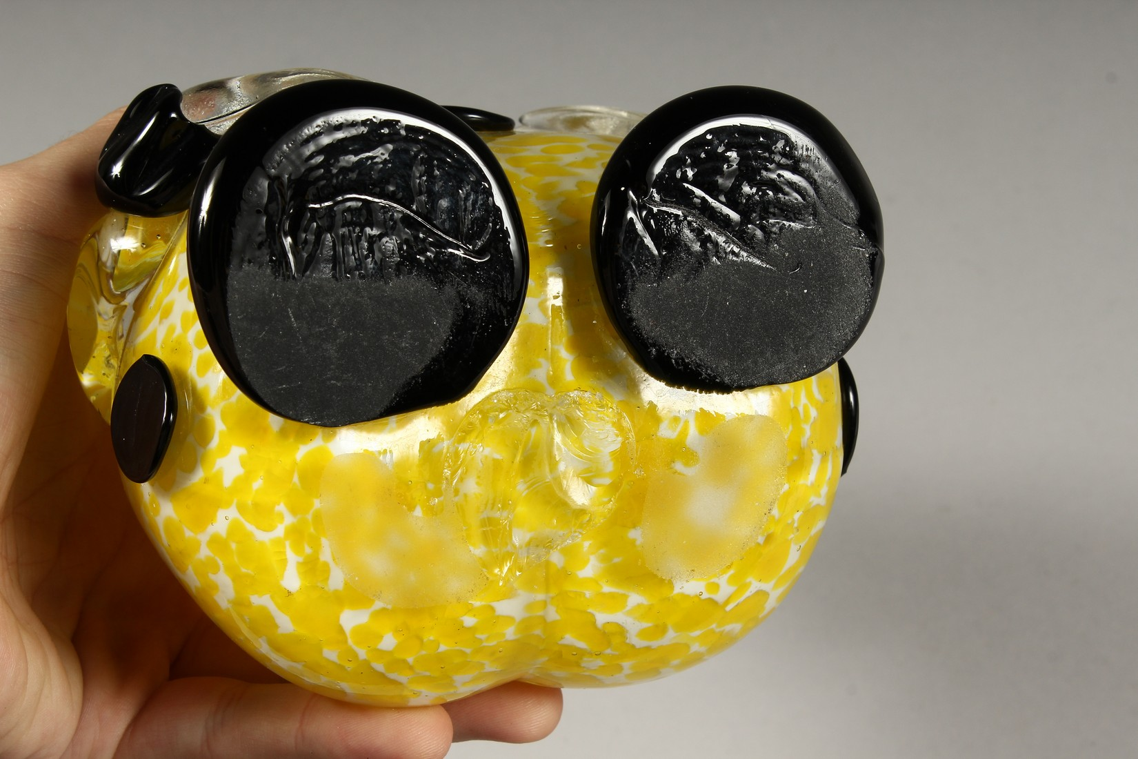 A MURANO MOTTLED YELLOW CLOWN BOTTLE AND STOPPER. 12ins high. - Image 9 of 9