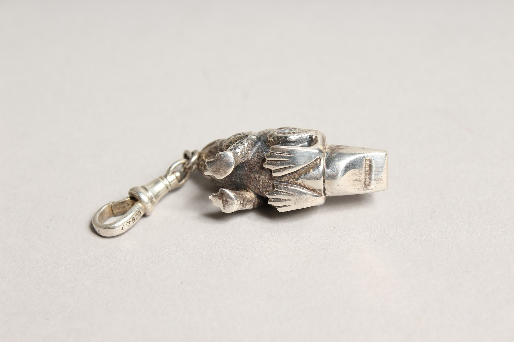 A NOVELTY SILVER FROG WHISTLE - Image 2 of 2