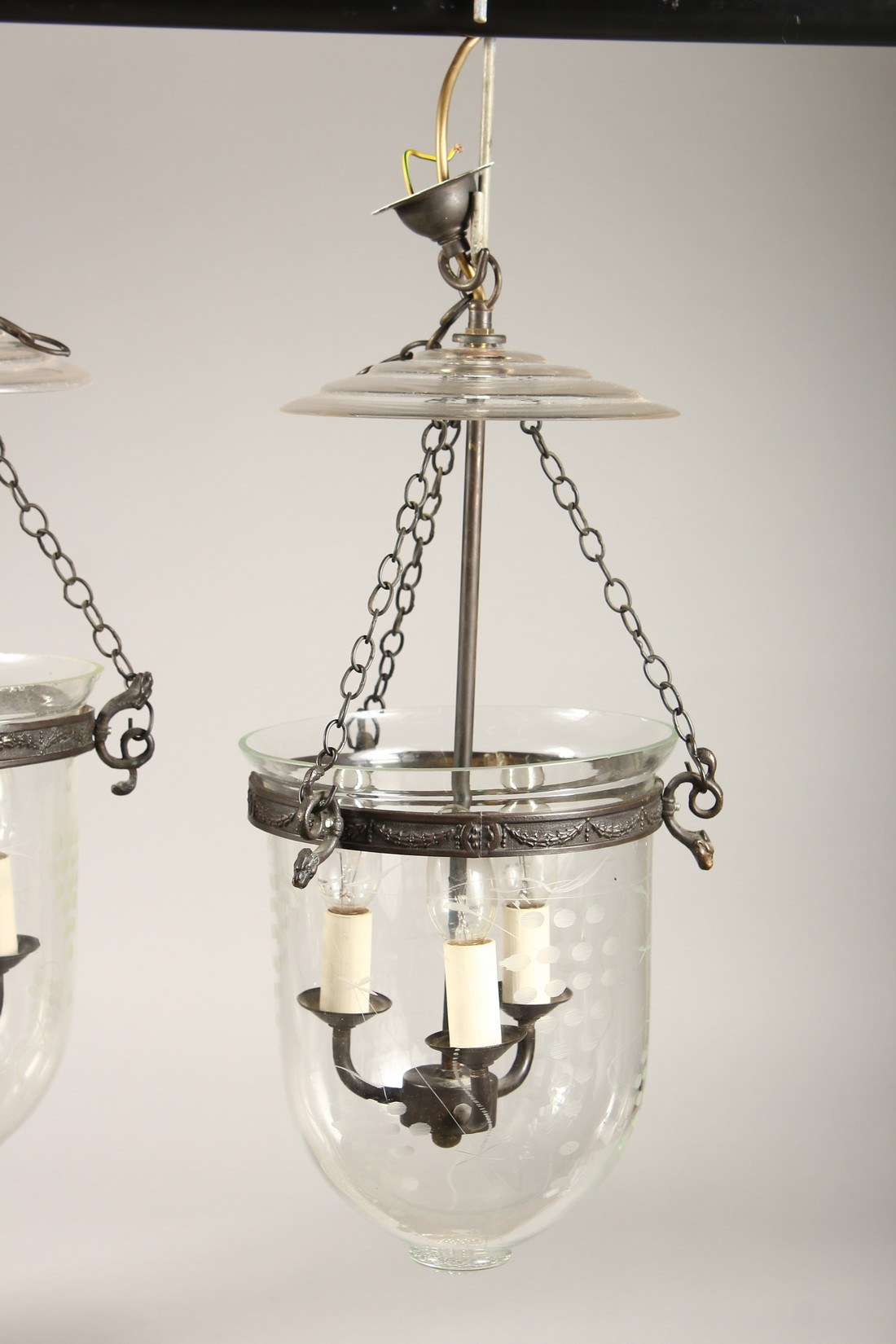 A SET OF THREE ETCHED GLASS AND METAL THREE LIGHT HANGING LANTERNS 20ins high. - Image 5 of 6
