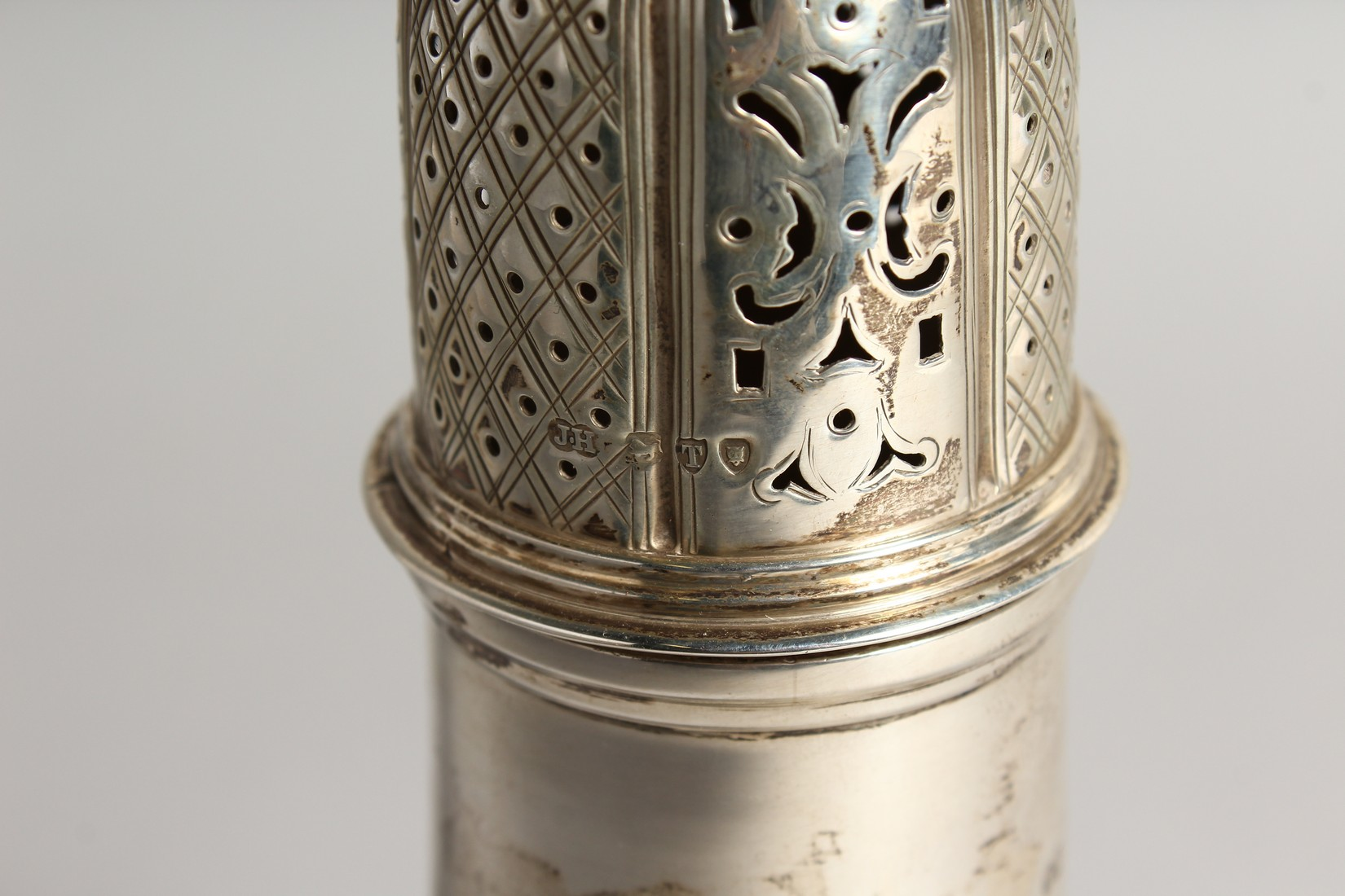 A LARGE SILVER PEDESTAL SUGAR CASTER, with wrythen fluted body, London 1894, 9.75ins high. - Image 2 of 7