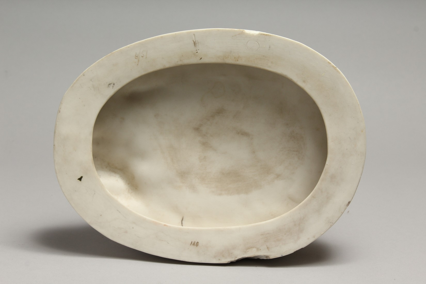 """A LATE 19TH CENTURY PARIAN WARE GROUP """"NAOMI AND HER DAUGHTER IN LAW"""". 13 ins high. - Image 8 of 8"""