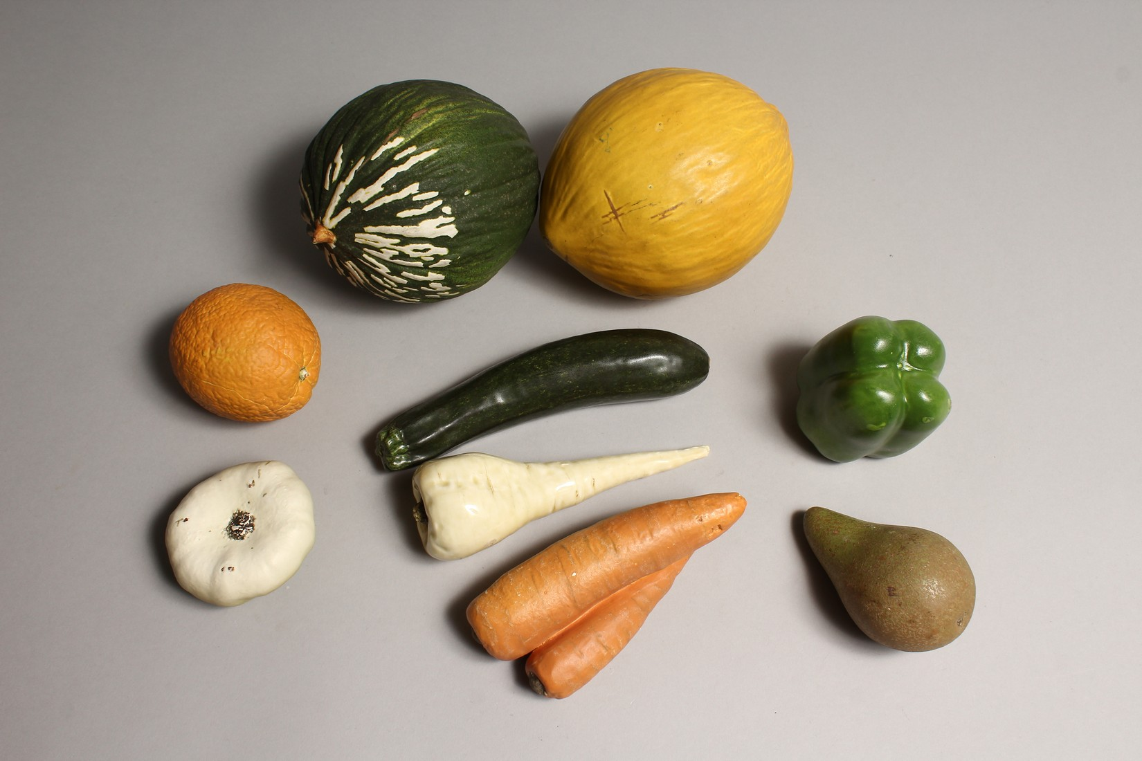 A BOX OF NINE PIECES OF TERRACOTTA FRUIT - Image 3 of 3