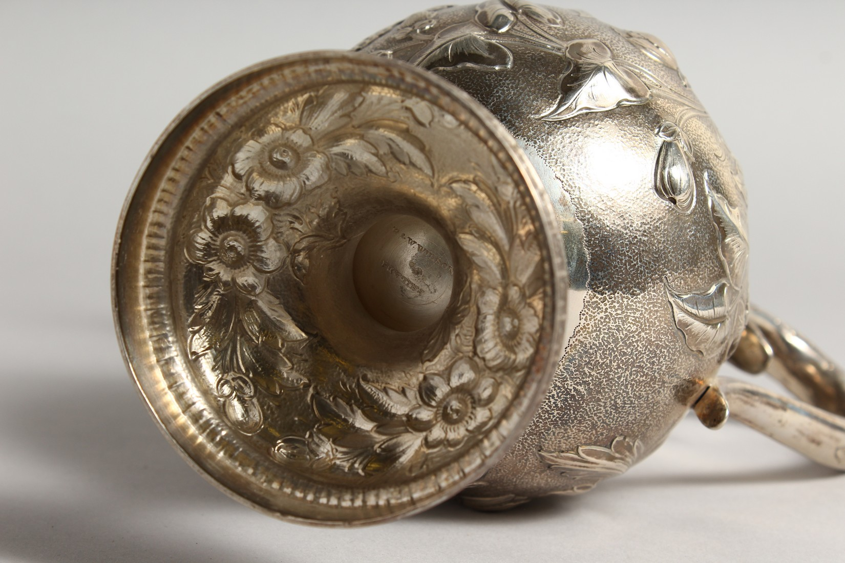 AN R & W WILSON 19TH CENTURY PHILADELPHIA SILVER JUG repousse with flowers and scrolls 8ins high, - Image 7 of 8