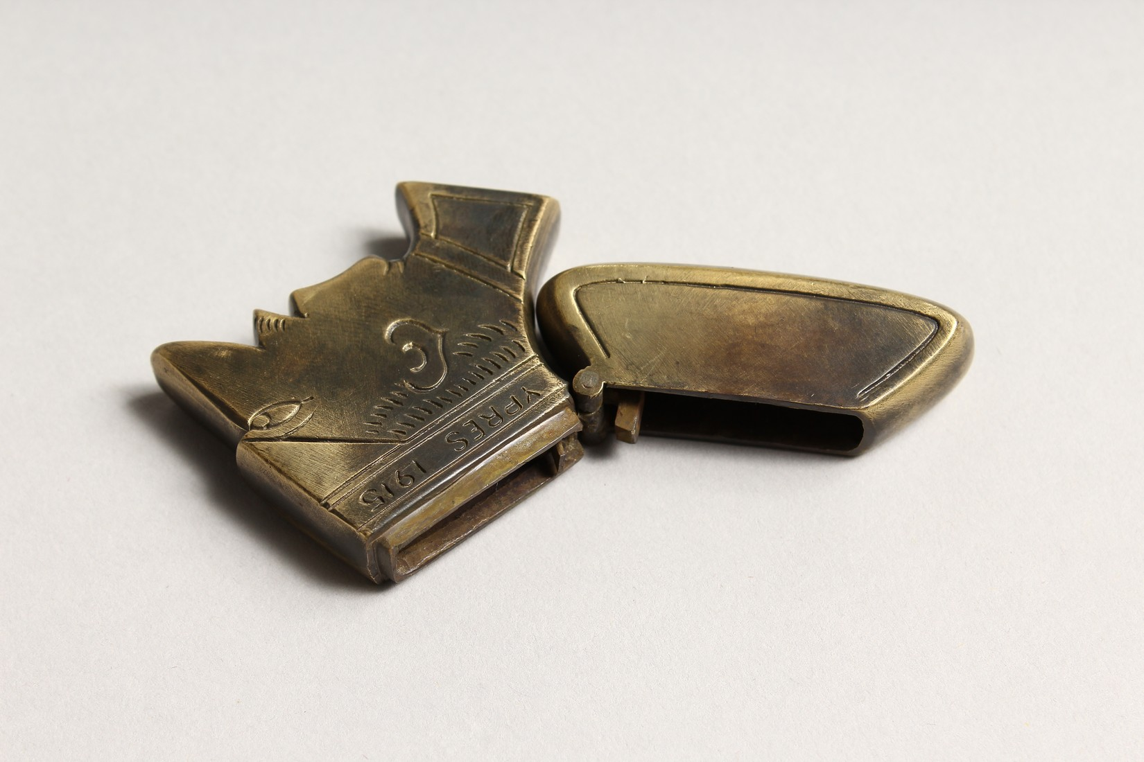 A FIRST WORLD WAR BRASS REPLICA YPRES VESTA CASE 2ins long. - Image 3 of 3