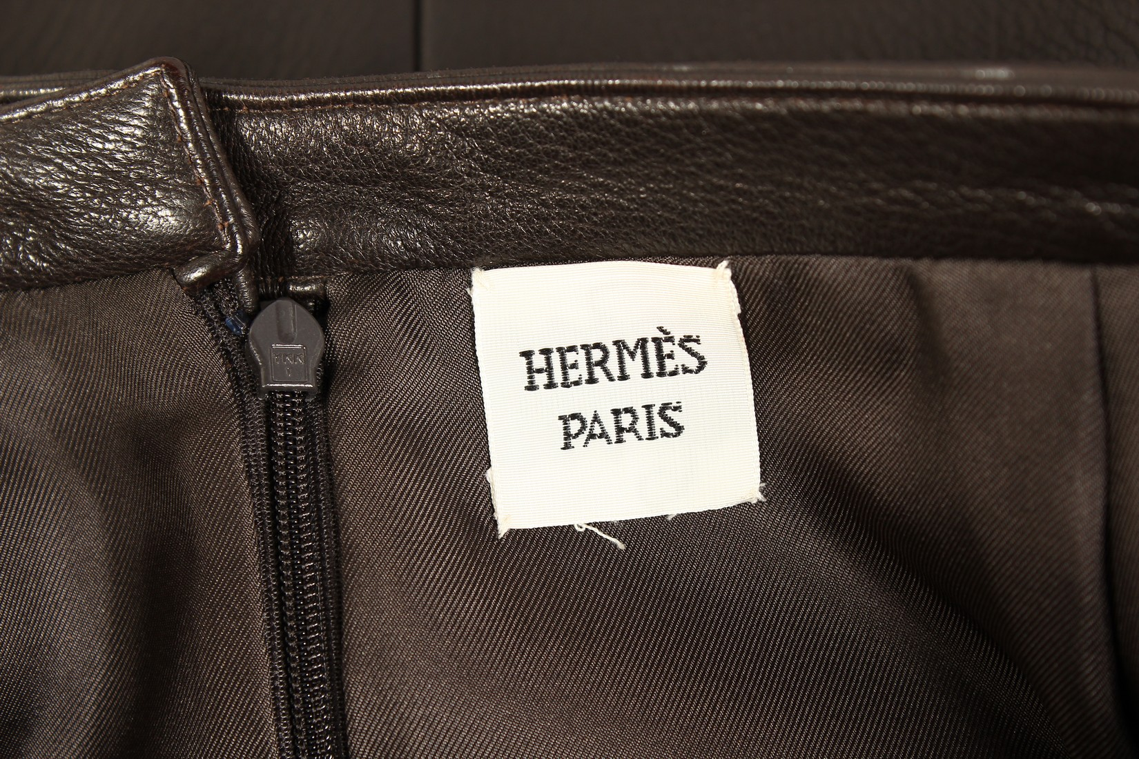A HERMES LEATHER SKIRT, never worn. - Image 3 of 6