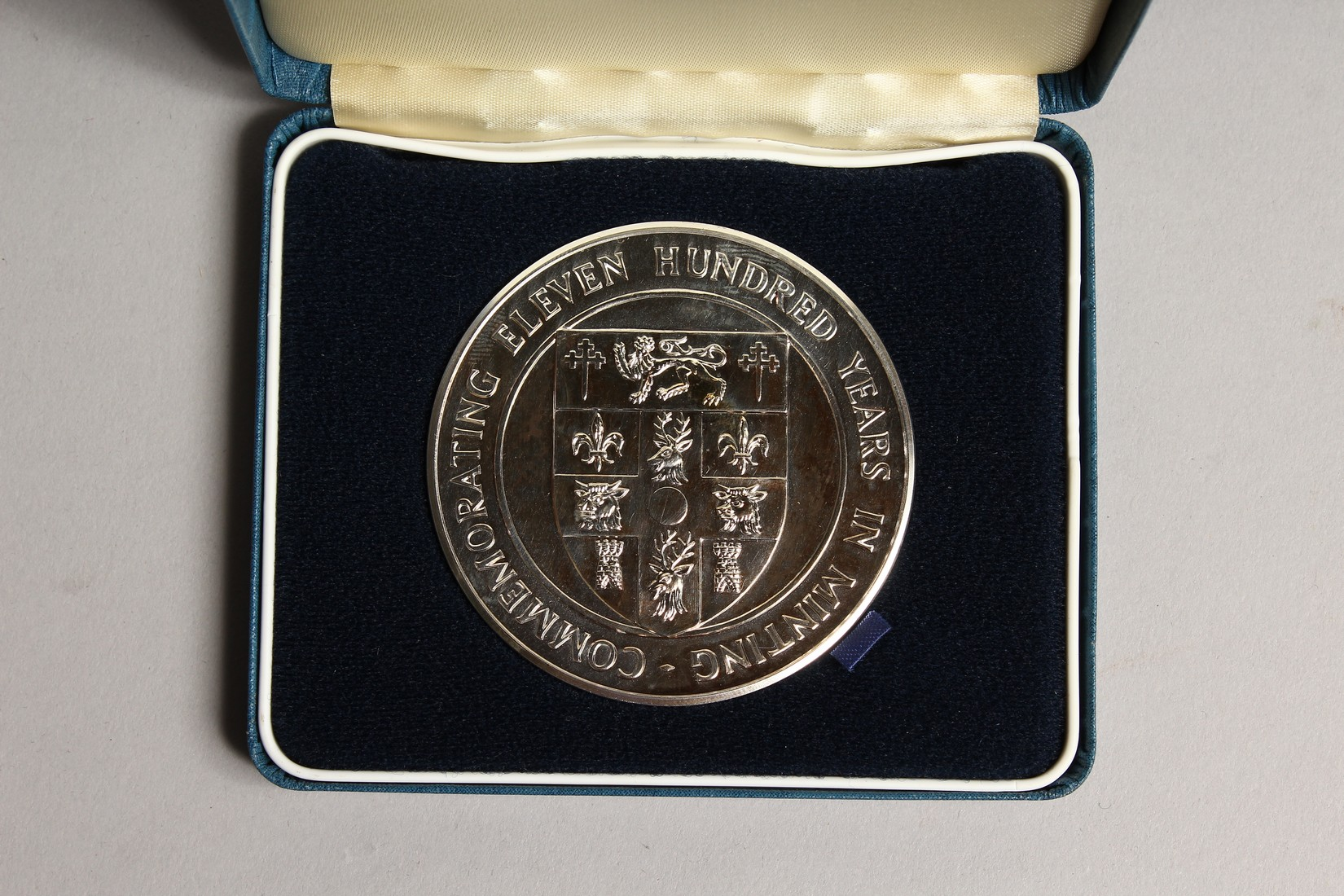 ONE HUNDRED YEARS IN MINTING, SILVER PROOF MEDALLION in a box issued by the Royal Mint, no.886 - Image 2 of 3
