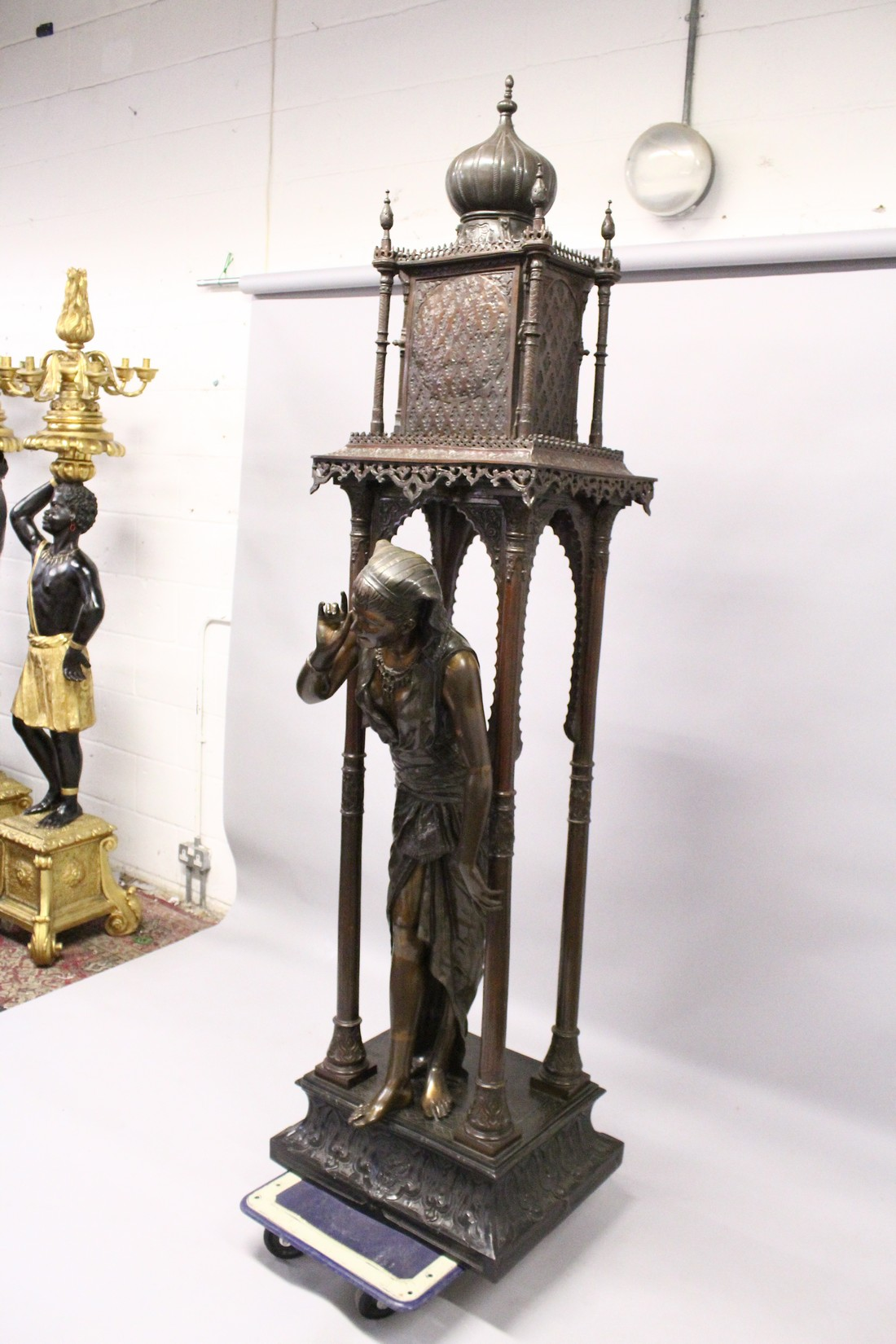 A SUPERB LARGE 19TH CENTURY FRENCH BRONZE OF AN ISLAMIC YOUNG LADY standing in an arbour with four - Image 6 of 9