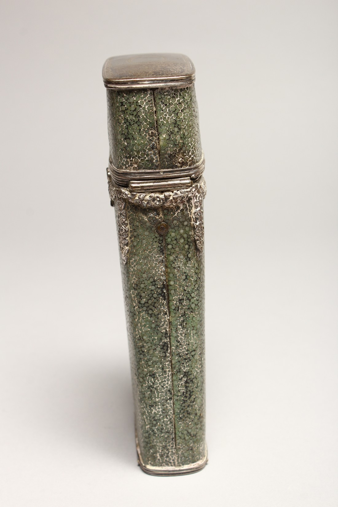 A GEORGIAN WHISKY FLASK in a shagreen case, with silver garlands 6.5ins long (some damage). - Image 4 of 8