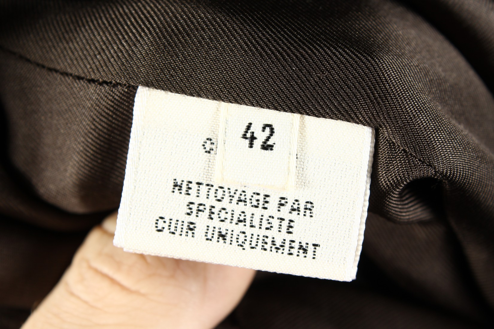 A HERMES LEATHER SKIRT, never worn. - Image 4 of 6